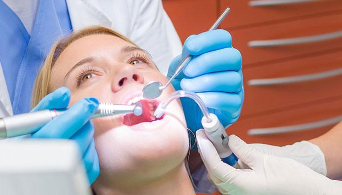 Czym różnią się zdjęcia stomatologiczne od zdjęć laryngologicznych?